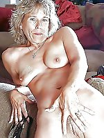European mature prostitute giving blowjob