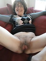 Fiery mature lady giving head