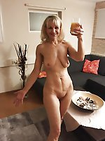 Mad older MILF having fun