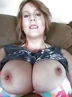 Gorgeous lady with shaved vagina
