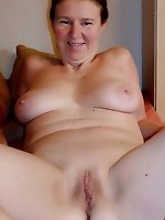 Mad mature housewife get ready for sex