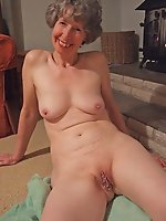 Amateur mature slut fucked in public