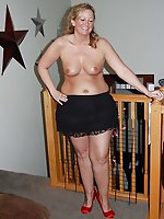 Voluptuous mistresses getting naked on picture
